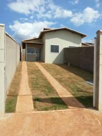 Casa geminada   São Pedro (Esmeraldas)   R$  570,00