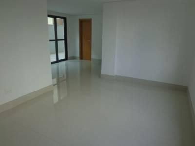 Área privativa de 348,00m²,  à venda