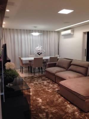Apartamento de 1.360,00m²,  à venda