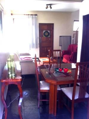 Casa geminada de 1.135,00m²,  à venda