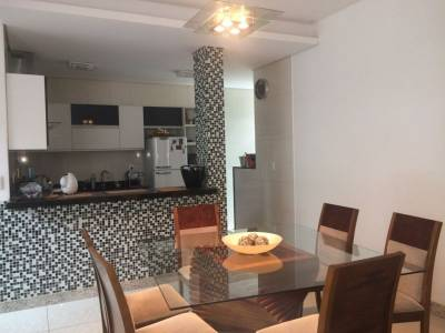 Apartamento de 93,85m²,  à venda