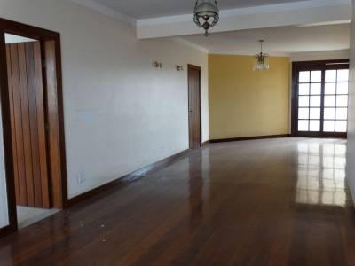Apartamento de 162,77m²,  à venda