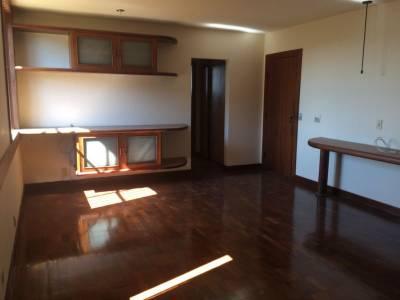 Casa de 720,00m²,  para alugar