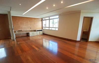 Apartamento de 270,00m²,  à venda