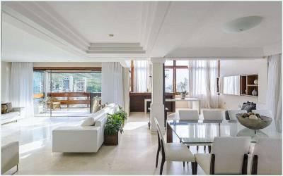 Casa de 619,19m²,  à venda