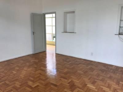 Casa comercial de 212,60m²,  à venda
