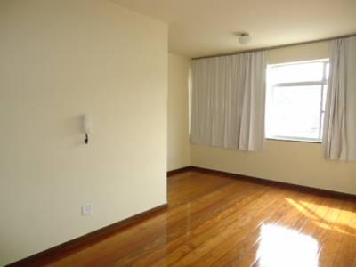 Área privativa de 97,59m²,  para alugar