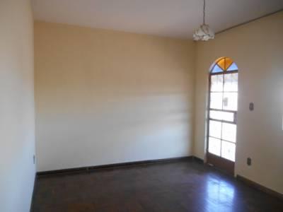 Casa de 130,00m²,  para alugar