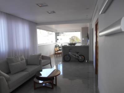 Apartamento de 212,00m²,  à venda