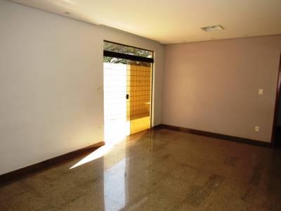 Área privativa de 163,23m²,  à venda