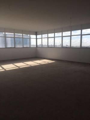 Sala de 115,00m²,  à venda