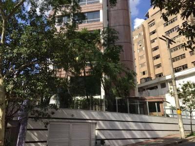 Apartamento de 263,00m²,  à venda