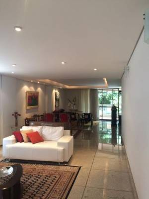 Apartamento de 275,00m²,  à venda