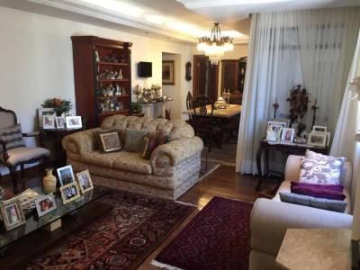 Apartamento de 193,23m²,  à venda