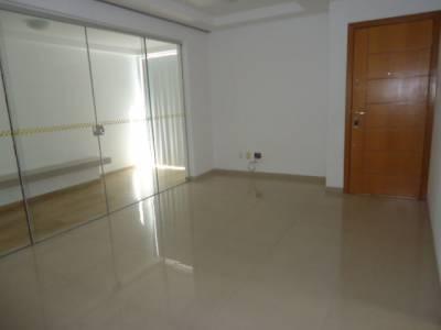 Área privativa de 90,00m²,  para alugar