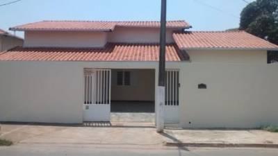 Casa de 206,00m²,  à venda