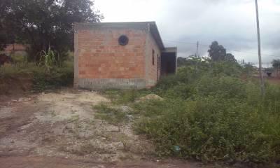 Barracão de 180,00m²,  à venda