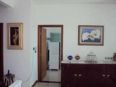 Casa em condomínio de 172,00m²,  à venda