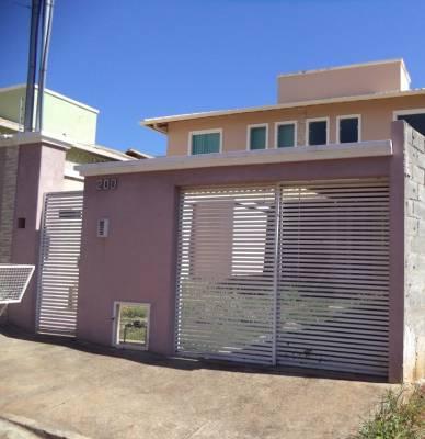 Casa de 143,00m²,  à venda