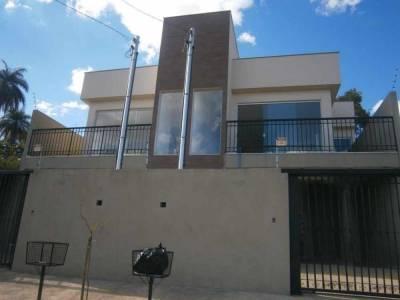 Casa de 134,00m²,  à venda