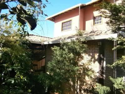 Casa de 251,00m²,  à venda
