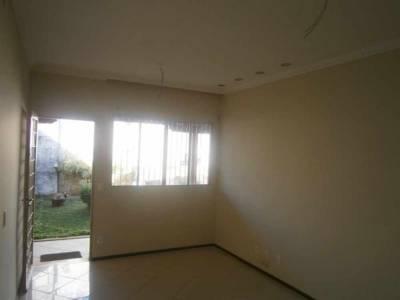 Casa de 66,00m²,  à venda
