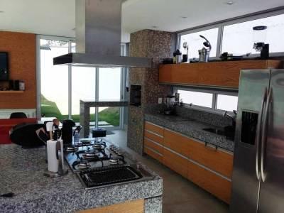 Casa de 214,00m²,  à venda