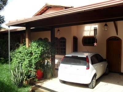 Casa de 213,00m²,  à venda