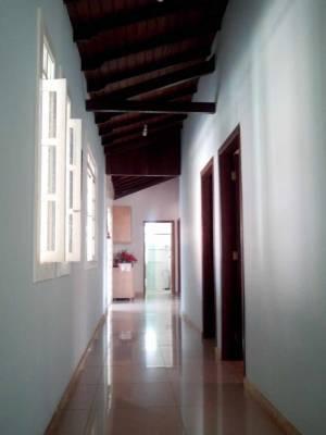 Casa de 280,00m²,  à venda