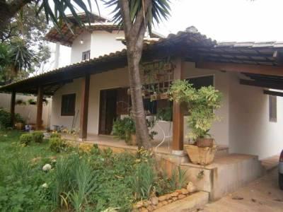 Casa de 282,00m²,  à venda