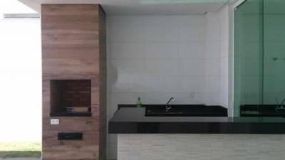 Casa em condomínio de 210,00m²,  à venda