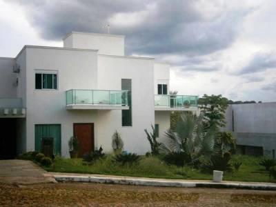 Casa em condomínio de 432,00m²,  para alugar
