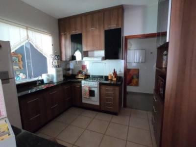 Casa de 163,00m²,  à venda