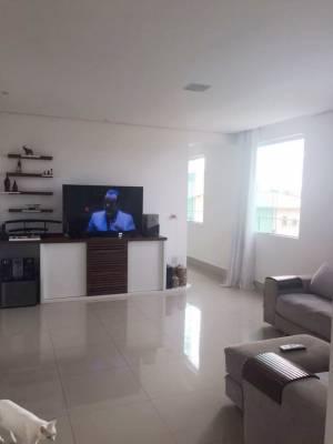 Casa em condomínio de 198,00m²,  à venda