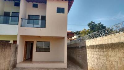 Casa de 145,00m²,  à venda