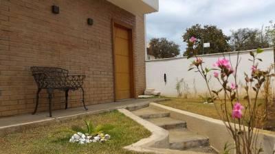 Casa em condomínio de 127,96m²,  à venda