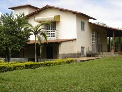 Casa em condomínio de 194,00m²,  à venda