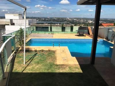 Casa de 224,00m²,  à venda
