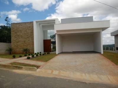 Casa em condomínio de 208,00m²,  à venda