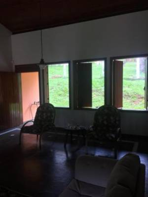 Casa em condomínio de 274,37m²,  para alugar