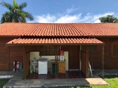 Casa em condomínio de 243,00m²,  para alugar