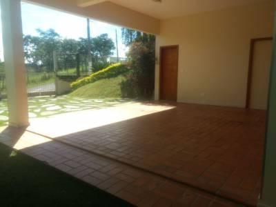 Casa em condomínio de 440,00m²,  para alugar