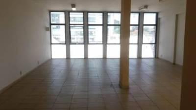 Sala de 47,00m²,  para alugar