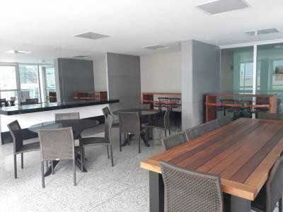 Apartamento de 174,00m²,  para alugar