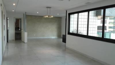 Apartamento de 190,00m²,  para alugar
