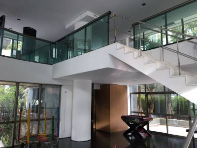 Apartamento de 239,00m²,  para alugar