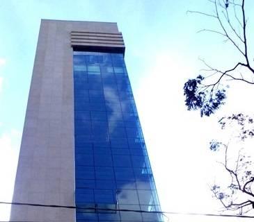 ANDAR SUPER ILUMINADO - Amplo e Arejado, Prédio novo, 300m², Padrão alto luxo, todo revestido em blindex, Garagem.