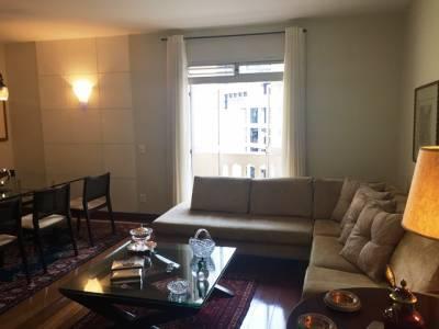 APARTAMENTO - 117 m², 3 quartos, Piscina, Sauna, Salão para 3 ambientes, Academia, 2 vagas de garagem. Prox. Av Getúlio Vargas.