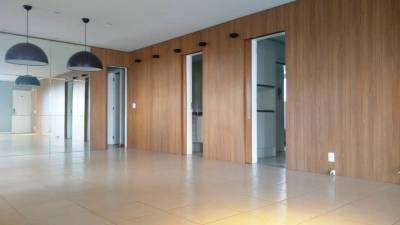 APARTAMENTO - 165 M², varanda, 03 suítes, escritório, 03 vagas de garagem, portaria 24 horas, lazer completo.