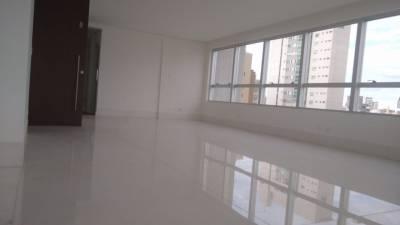 AP. LUXO – 01 unidade por andar, sala ampla em mármore branco, 04 Suítes, Hidromassagem, Closet, Espaço Gourmet.